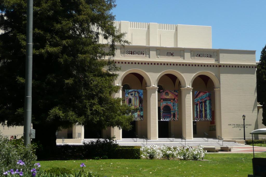 Pomona College (Liberal Arts College)
